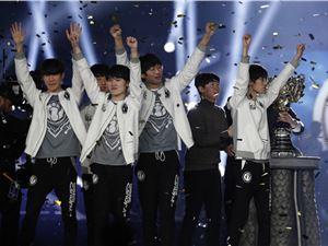 IG季中赛最后一场输给SKT,官博遭网友嘲讽:舒服了!