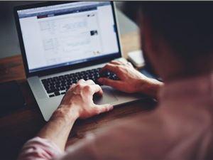 微信聊天 聊天对话框 对方正在输入