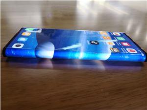 小米 MIX Alpha 环绕屏手机最新真机照曝光
